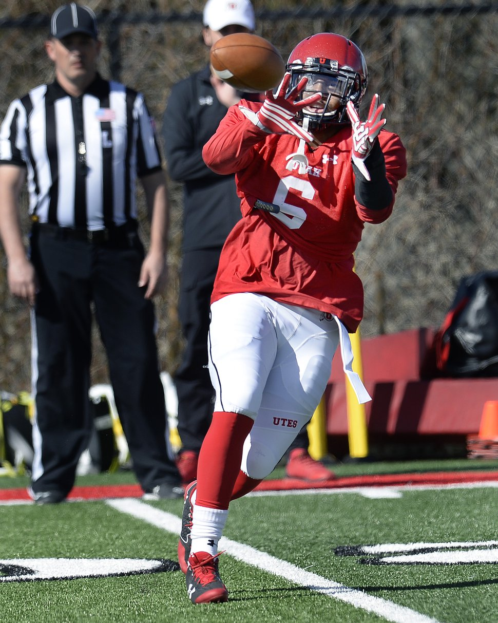 Scott Sommerdorf | The Salt Lake Tribune RB Armand Shyne catches a pass at Utah spring football practice, Saturday, March 10, 2018.