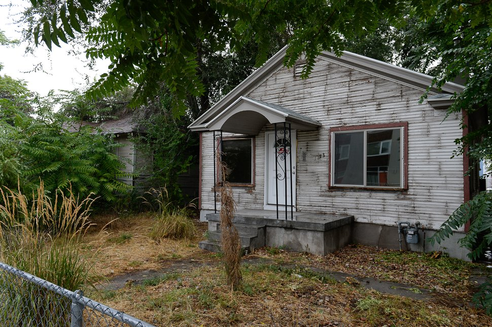 (Francisco Kjolseth | The Salt Lake Tribune) A group of neighbors in the Ballpark neighborhood are concerned about the impact of boarded properties on crime in the community. City documents show there are more abandoned buildings in Salt Lake City's District 5 than in any other neighborhood, with 34 total. Some 22 of the 34 boarded buildings in District 5 are located in the Ballpark neighborhood with three recently being demolished. Pictured on Wed. Sept. 11, 2019, is 1159 South West Temple.