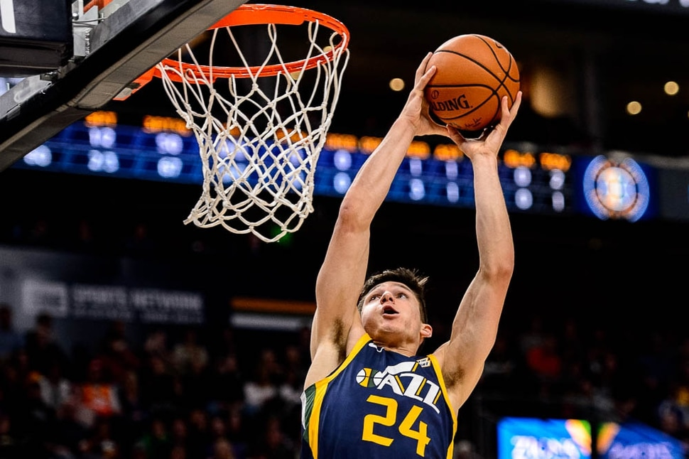 (Trent Nelson | The Salt Lake Tribune) Utah Jazz guard Grayson Allen (24) dunks. Utah Jazz vs Memphis Grizzlies, NBA basketball in Salt Lake City on Friday Nov. 2, 2018.