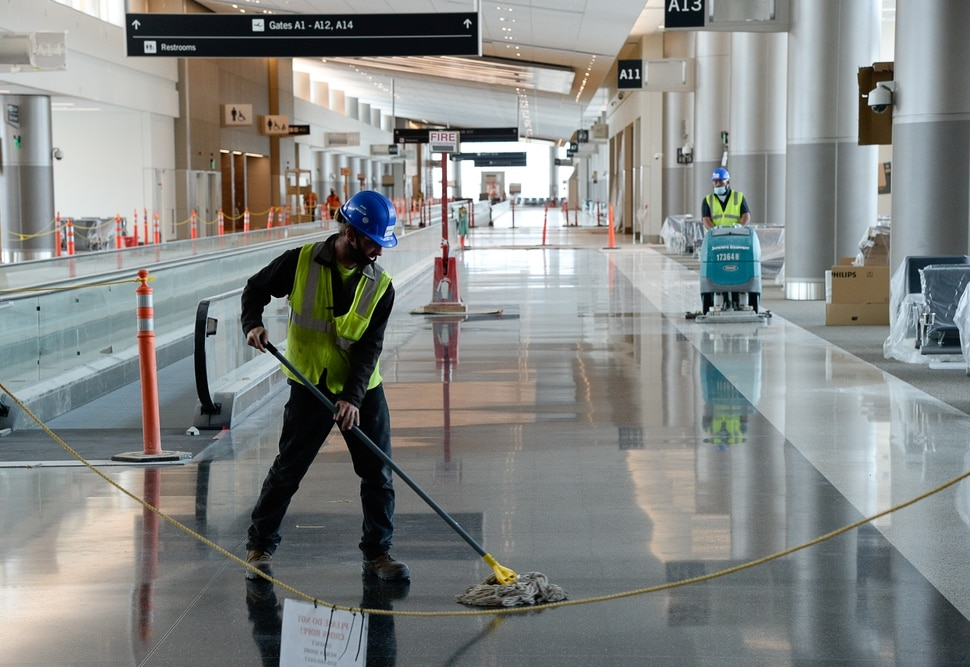 (Francisco Kjolseth | The Salt Lake Tribune) Crews continue their work in the first phase of construction of the Salt Lake City International Airport on Wednesday, May 20, 2020.