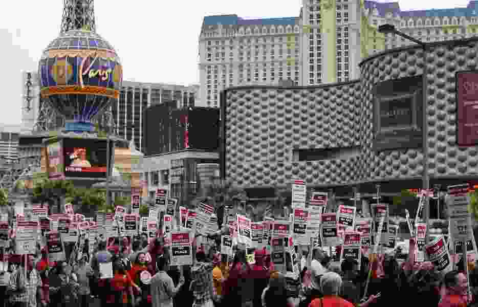 Vegas casino worker contracts close to expiring
