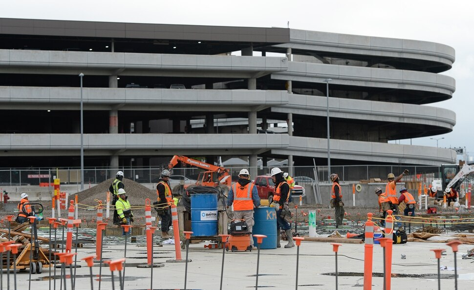 3 Billion Salt Lake Airport Rebuild Hits Midway Mark Of