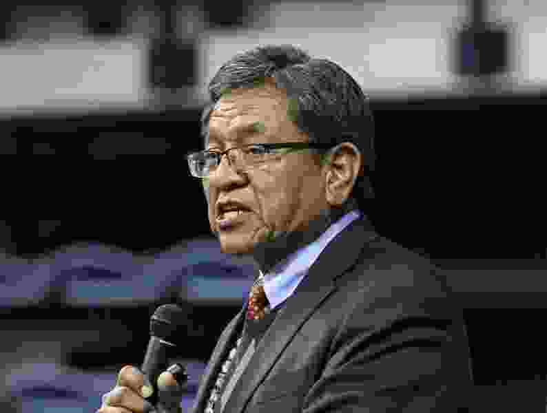 Navajo Nation president extends crop insurance amid drought