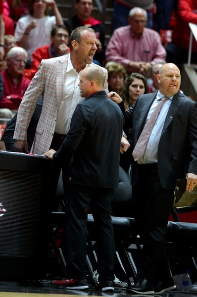 (Steve Griffin | The Salt Lake Tribune) University of Utah head coach Larry Krystkowiak screams at the refs after he was ejected from the game during the Utah versus UC Davis men's NIT basketball game at the Huntsman Center in Salt Lake City Wednesday March 14, 2018.