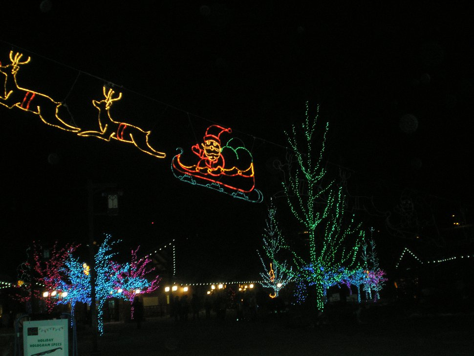 | Tribune File Photo Utah's Hogle Zoo has turned into a festive light display, ZooLights, increasing it's winter attendance dramatically, December 18, 2007.