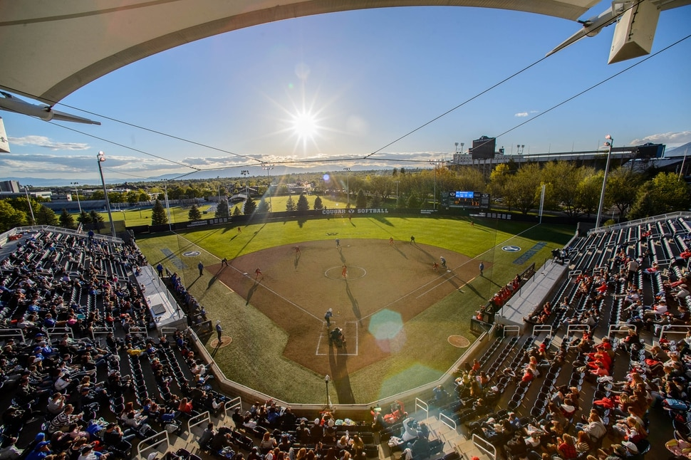 (Trent Nelson | The Salt Lake Tribune) The sun gets low as BYU hosts the University of Utah, NCAA softball in Provo on Wednesday May 1, 2019.