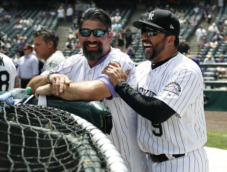 Todd Helton cited on DUI charge, enters treatment center