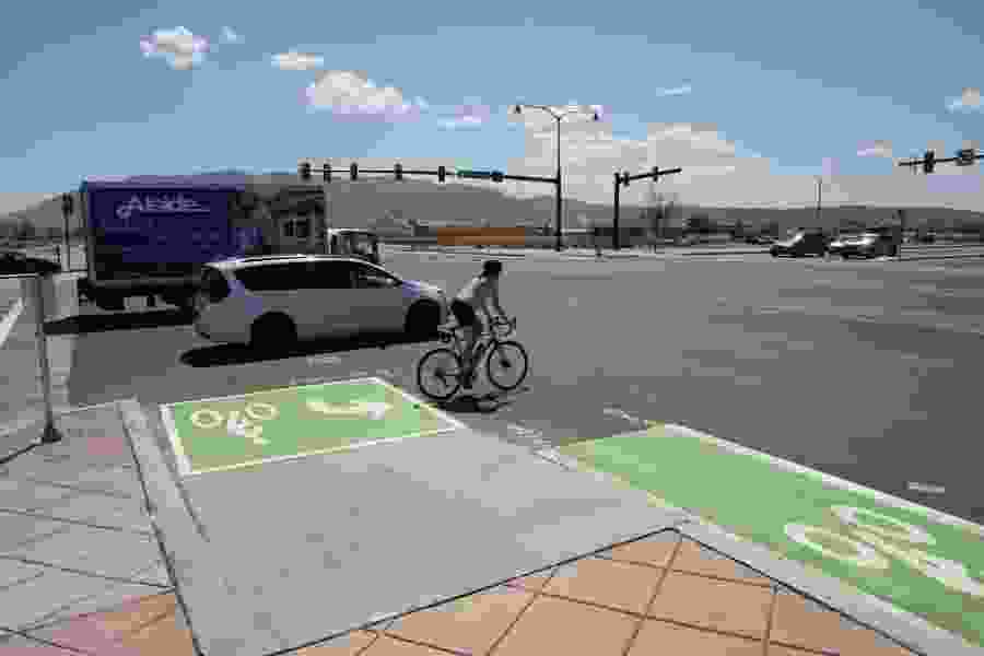 Utah has new unusual 'bike boxes' for its unusual intersections