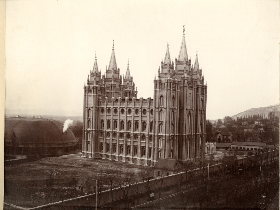 Iconic Salt Lake Temple and surrounding square to close for