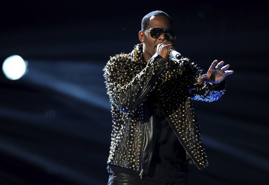 How the music industry overlooked R  Kelly's alleged abuse