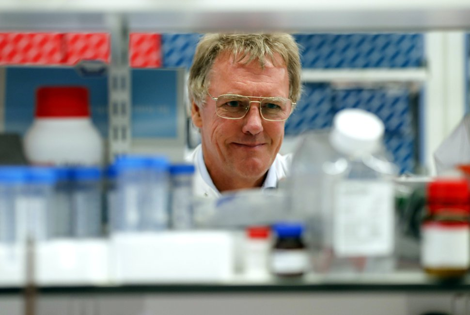 (Frank Augstein | AP) Scientist Peter J.Ratcliffe poses for photos in the laboratory at the University in Oxford, England, Monday, Oct. 7, 2019. Drs. William G. Kaelin Jr. of Harvard University, Gregg L. Semenza of Johns Hopkins University and Peter J. Ratcliffe at the Francis Crick Institute in Britain and Oxford University have been jointly awarded the Nobel Prize in Medicine.