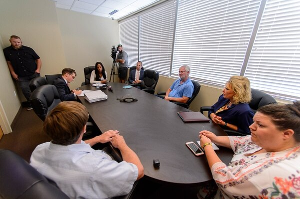 (Trent Nelson | The Salt Lake Tribune) Rep. Mia Love, R-Utah, meets with constituents during