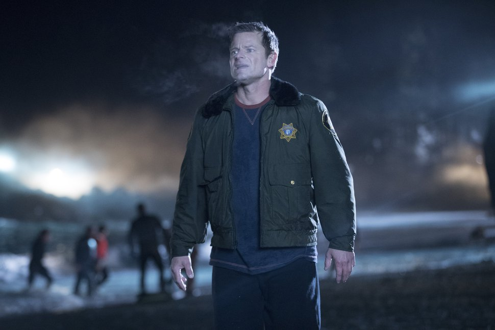 "(Photo courtesy of ABC/Jack Rowand) Steve Zahn stars as Sheriff Jude Ellis in ""The Crossing."""