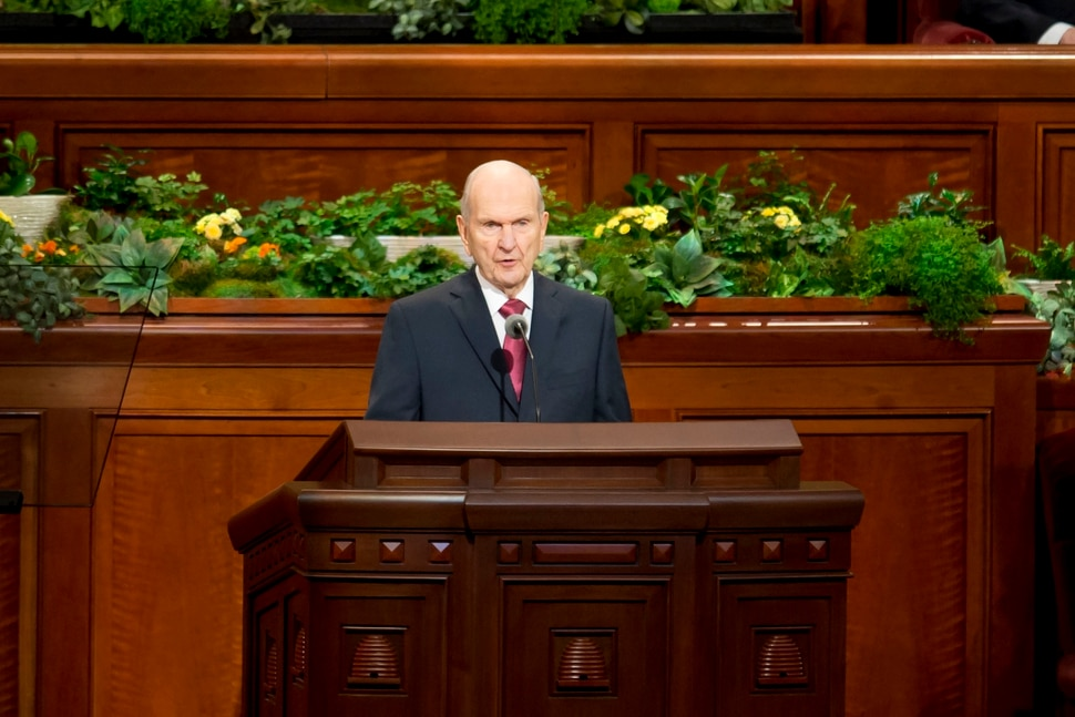917787a213b2 The latest from last day of Mormon General Conference  More stunners ...