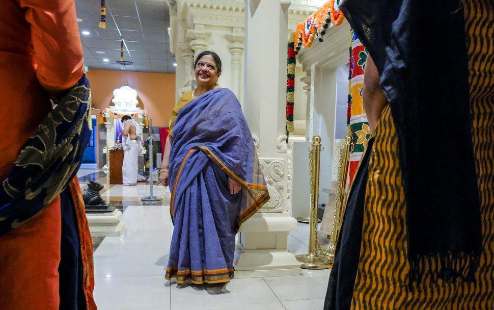 Shrines shine, gold glistens as Utah Hindus bring spirit of India to