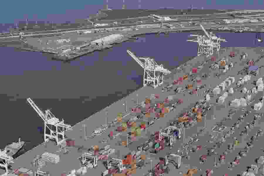 Siding with a Utah developer, a U.S. judge just scrapped California's ban on coal shipments