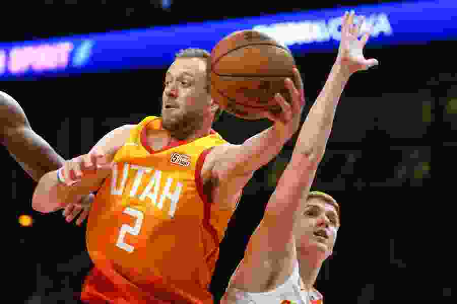 The Triple Team: Jazz get all the way to the rim to score in 4Q of comeback win vs. Hawks