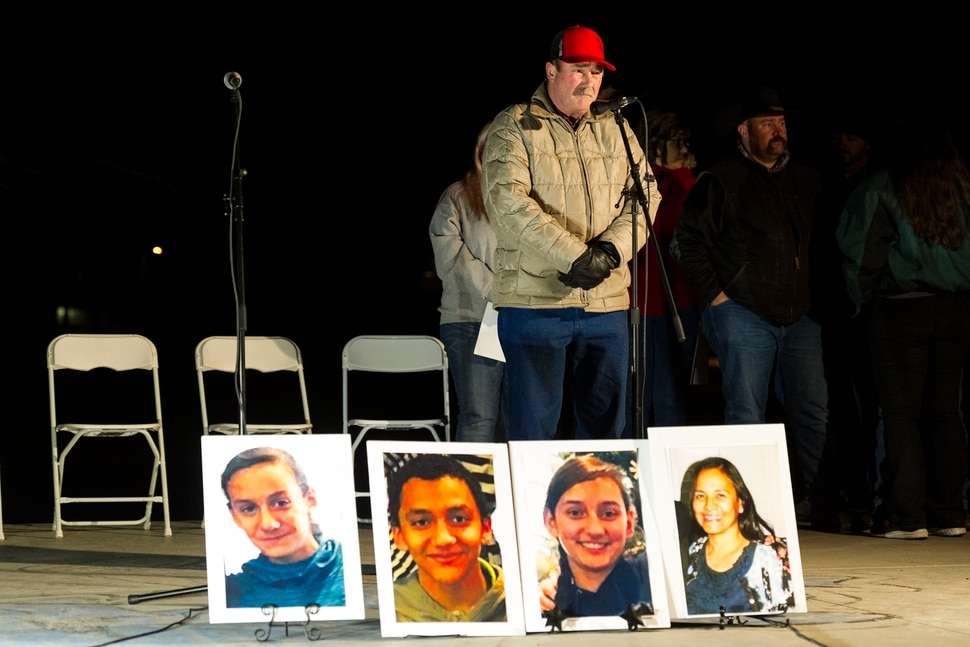 (Alex Gallivan | Special to The Tribune ) The Grantsville community comes together to remember the Haynie family at a candlelight vigil at Grantsville City Park, Monday, Jan. 20, 2020.