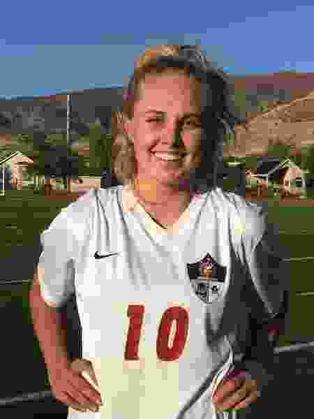 Sailor Uffens leads Viewmont to shutout win over Alta in girls' soccer playoff game