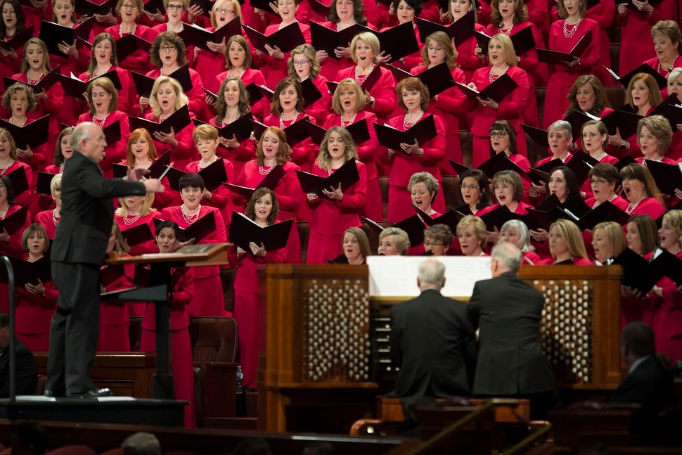 (Jeremy Harmon | The Salt Lake Tribune) The Tabernacle Choir sings at the end of the Sunday morning session of General Conference on April 1, 2018.