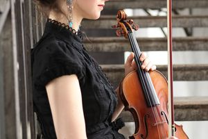 Peter Miller | Deutsche GrammophonHilary Hahn, Violinist.