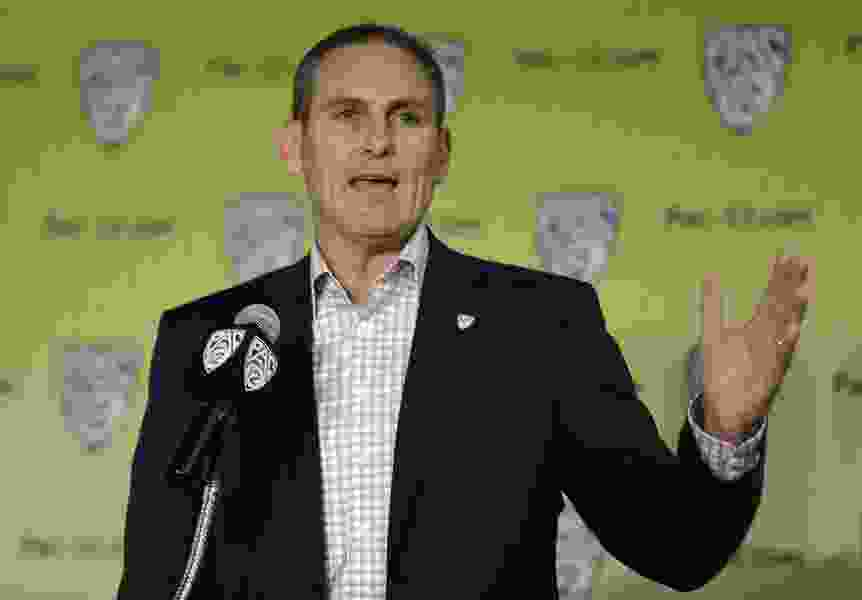 After targeting review scandal blows up, Pac-12 commissioner Larry Scott says 'I take responsibility' for conference's officiating disarray