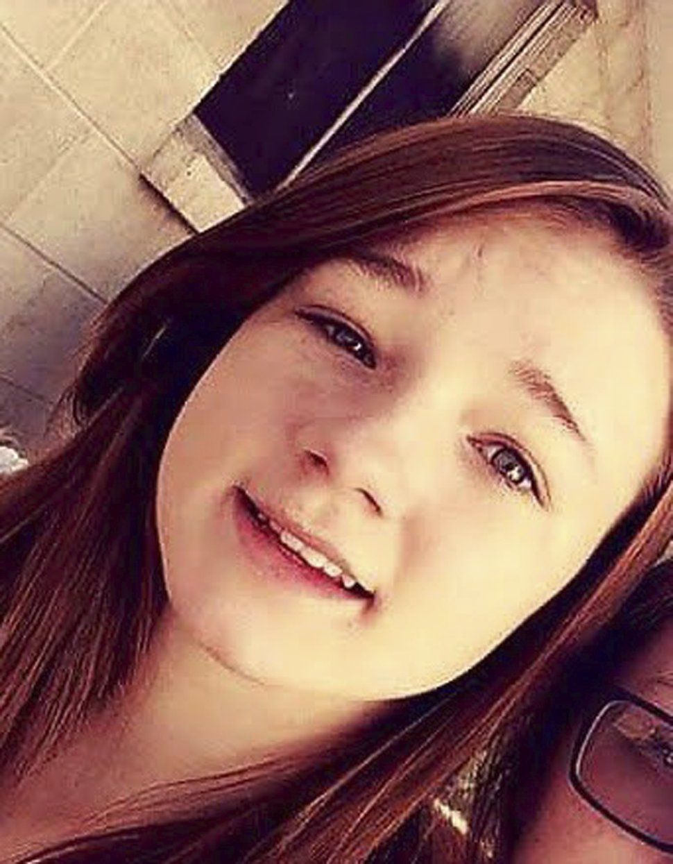 This undated photo provided by Amanda Hunt shows a selfie of her niece Brelynne
