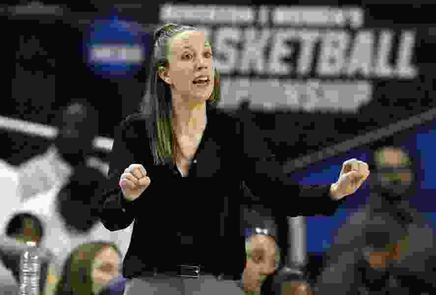 Cavaliers hire Cal women's coach Lindsay Gottlieb as assistant