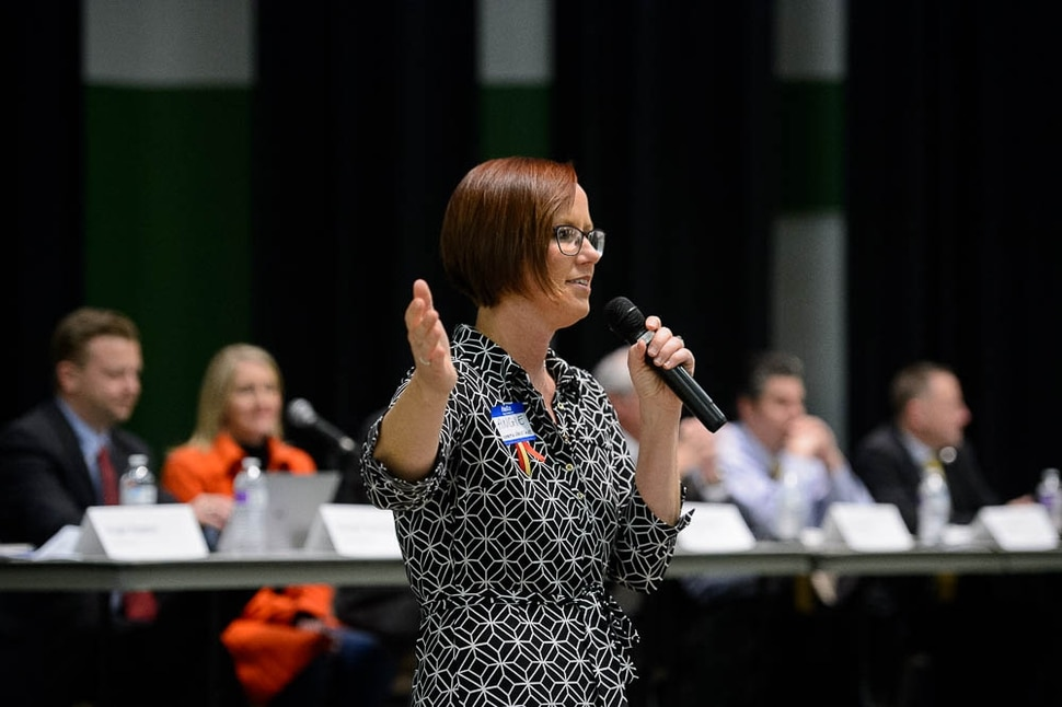 (Trent Nelson | The Salt Lake Tribune) Upset community members attend a meeting over worry that a ban on big trucks on Legacy Parkway is about to expire, unless the Legislature extends it. Angie Keeton opens the meeting at Foxboro Elementary School in North Salt Lake on Wednesday Jan. 16, 2019.