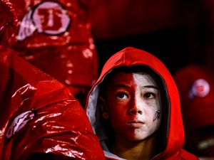 (Trent Nelson     The Salt Lake Tribune) Utah fans watch while Oregon takes a 30-15 lead as Utah faces Oregon in the Pac-12 football championship game in Santa Clara, Calif., on Friday Dec. 6, 2019.