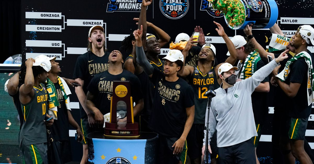 Baylor routs Gonzaga for national championship