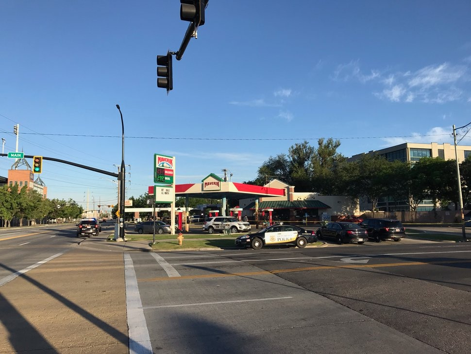 (Nate Carlisle | Salt Lake Tribune) Salt Lake City police on July 3, 2019, investigate stabbings that killed one person and injured a second at a Maverik station at 1300 South and Main Street.