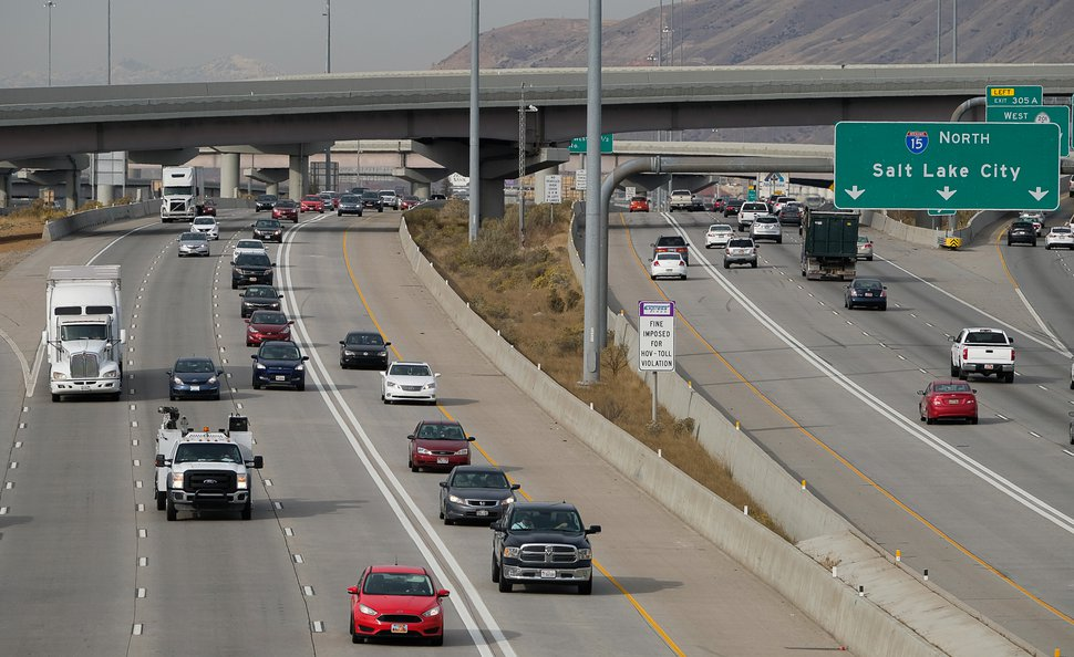 (Francisco Kjolseth | The Salt Lake Tribune) Car pool lanes on Interstate 15 that allow single-driver cars to pay a toll via electronic transponder.