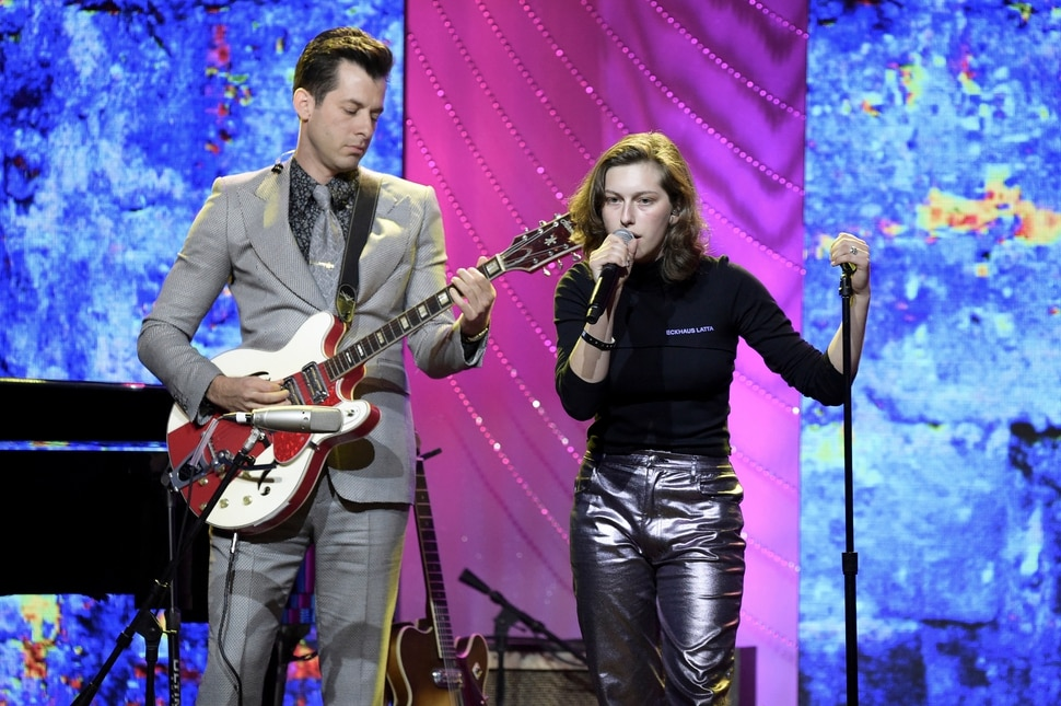King Princess, right, and Mark Ronson perform at the 66th Annual BMI Pop Awards at the Beverly Wilshire Hotel on Tuesday, May 8, 2018, in Beverly Hills, Calif. (Photo by Richard Shotwell/Invision/AP)