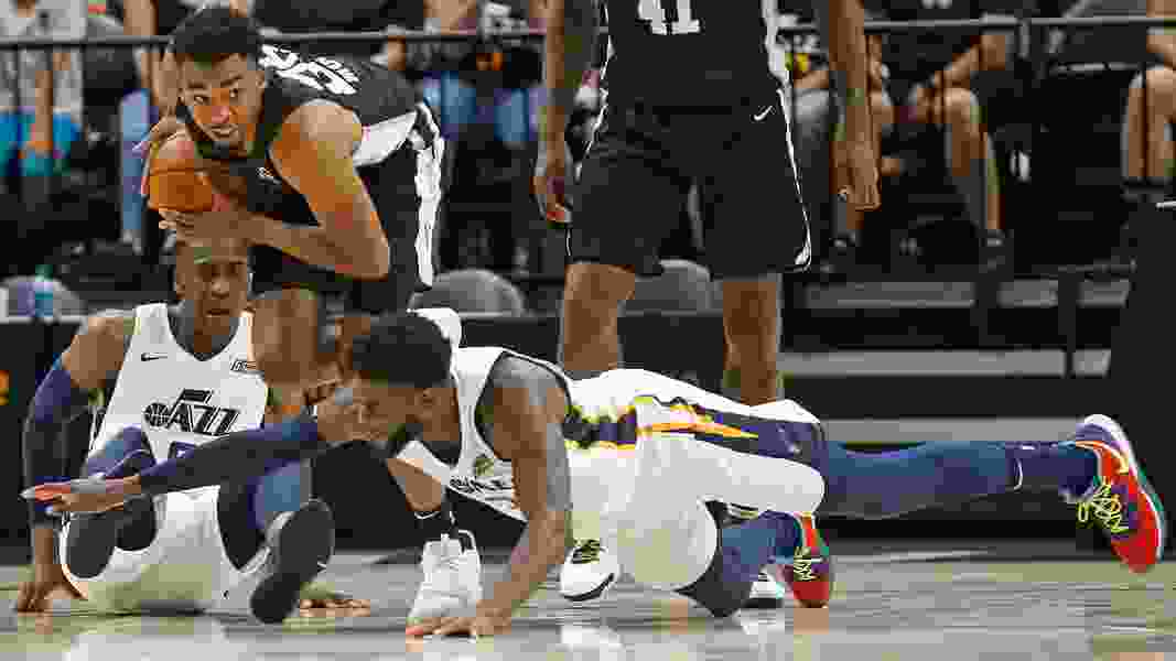 Veteran big man Willie Reed knows helping his young Jazz teammates will help him, too