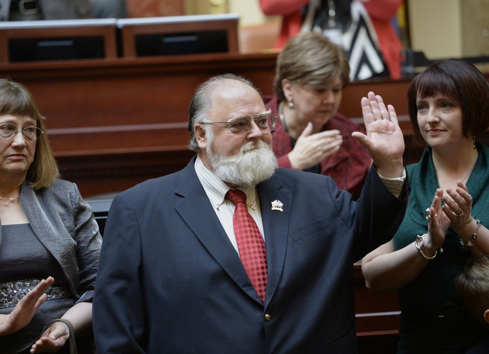(Tribune file photo) Vietnam veteran Terry Schow, longtime Utah veterans affairs director, now retired, acknowledges the applause of legislators in the Utah House of Representatives in 2014.