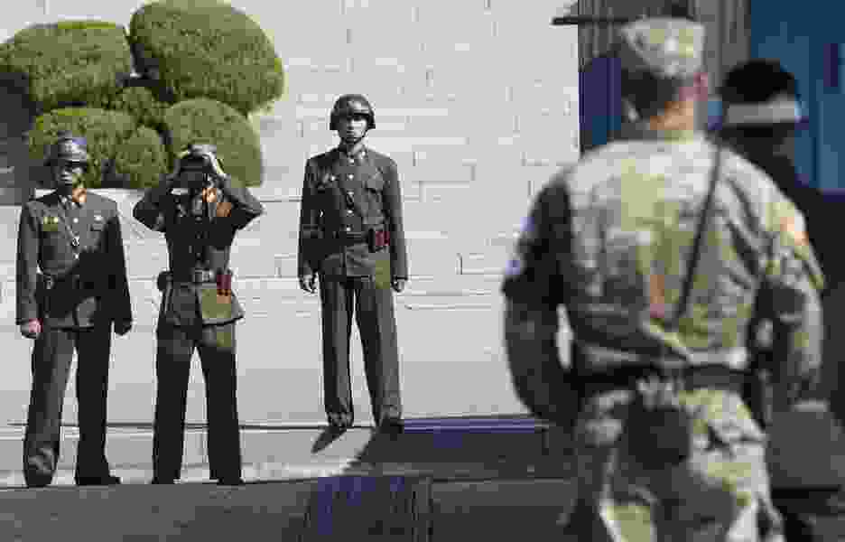 American detained trying to enter North Korea; North Korean soldier escapes south