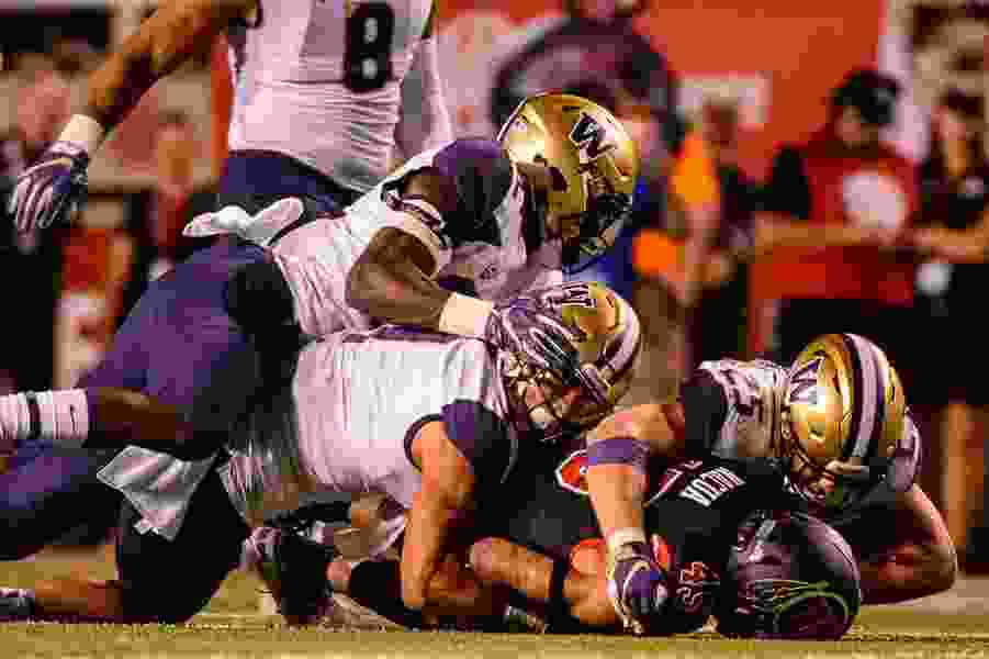 Monson: Dressed out in black, Utah's big intentions expire against Washington