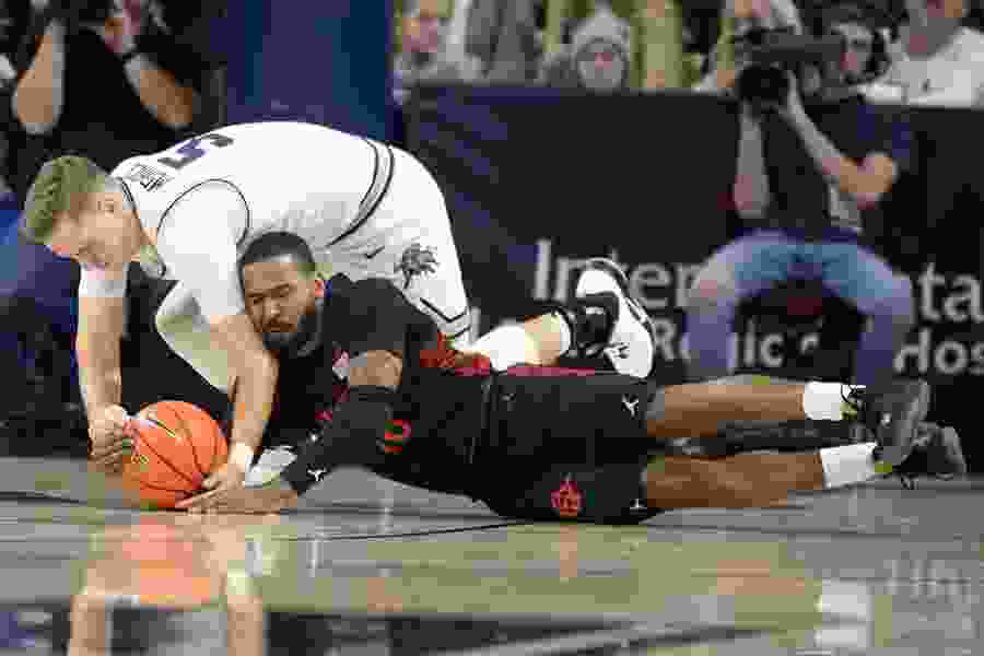 Utah State Aggies cite lack of discipline, toughness, character in three-game basketball slide