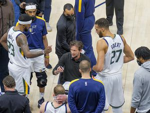 (Leah Hogsten | The Salt Lake Tribune)  Utah Jazz head coach Quin Snyder talks with the team during a second half timeout as the Utah Jazz host the Indiana Pacers, April 16, 2021 at the Vivint Arena.