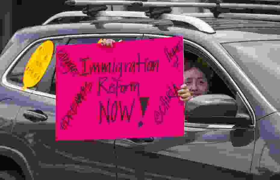 Commentary: An easy-to-fix immigration reform