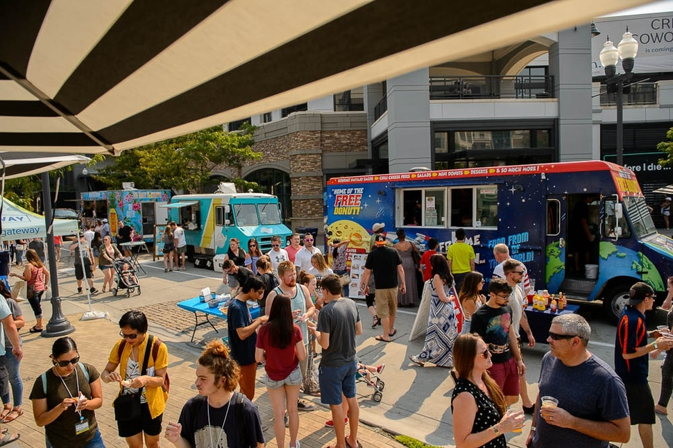 (Trent Nelson | The Salt Lake Tribune) The second annual Food Truck and Brewery Battle at The Gateway in Salt Lake City, Saturday Aug. 4, 2018.