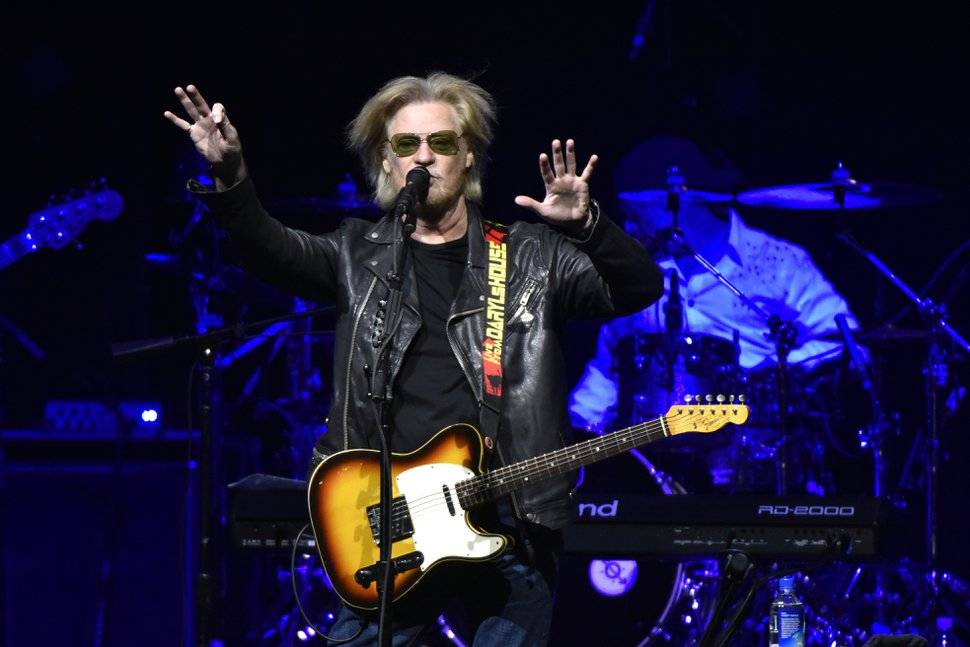 (Rob Grabowski   Invision/AP) Daryl Hall performs at the Allstate Arena in Rosemont, Ill., on Monday, May 15, 2017.