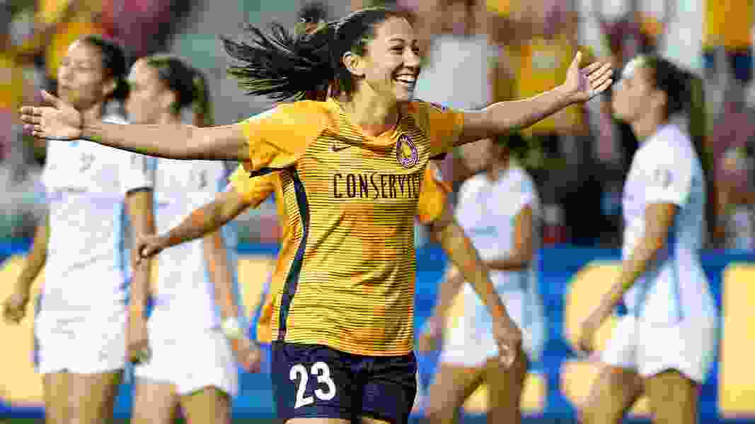 Manchester United sign USWNT World Cup winners Tobin Heath, Christen Press