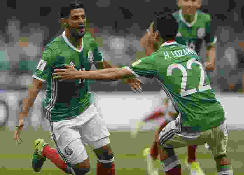 Scott D. Pierce: Don't tell Trump, but Mexico is now Fox's home team for the 2018 World Cup