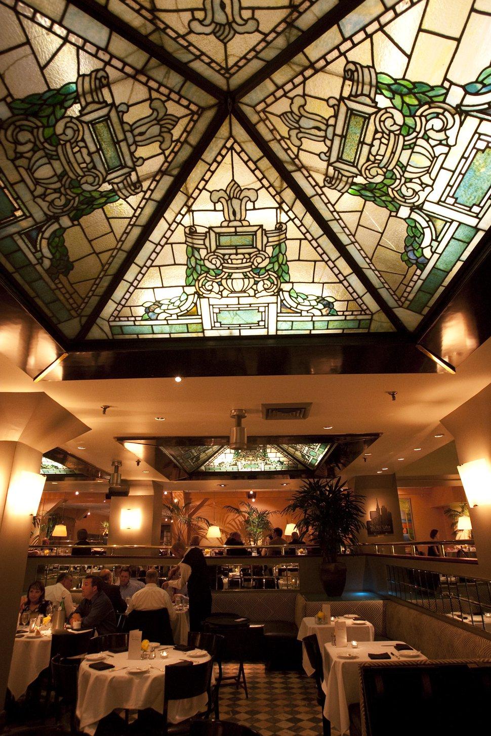 (Chris Detrick | The Salt Lake Tribune) Diners eat at at the New Yorker Restaurant, Thursday, Sept. 17, 2009.