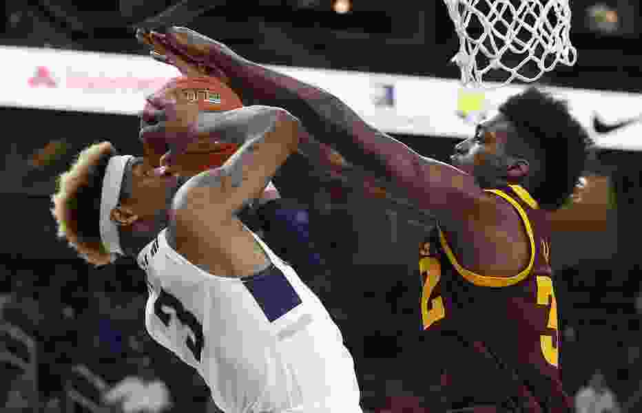Arizona State hands Utah State its first loss, 87-82, in Main Event championship