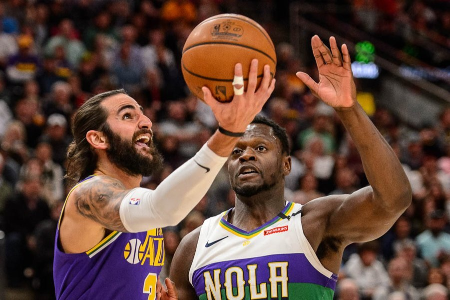 e4265f82d2d Pelicans use 22-2 fourth-quarter run to stun Jazz 115-112 at Vivint Smart  Home Arena