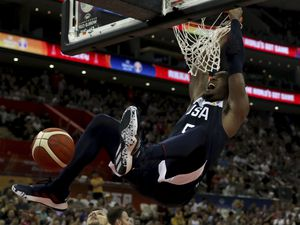 United States' Donovan Mitchell dunks during a Group E match against Czech Republic for the FIBA Basketball World Cup at the Shanghai Oriental Sports Center in Shanghai on Sunday, Sept. 1, 2019. U.S. defeats Czech Republic 88-67. (AP Photo/Ng Han Guan)