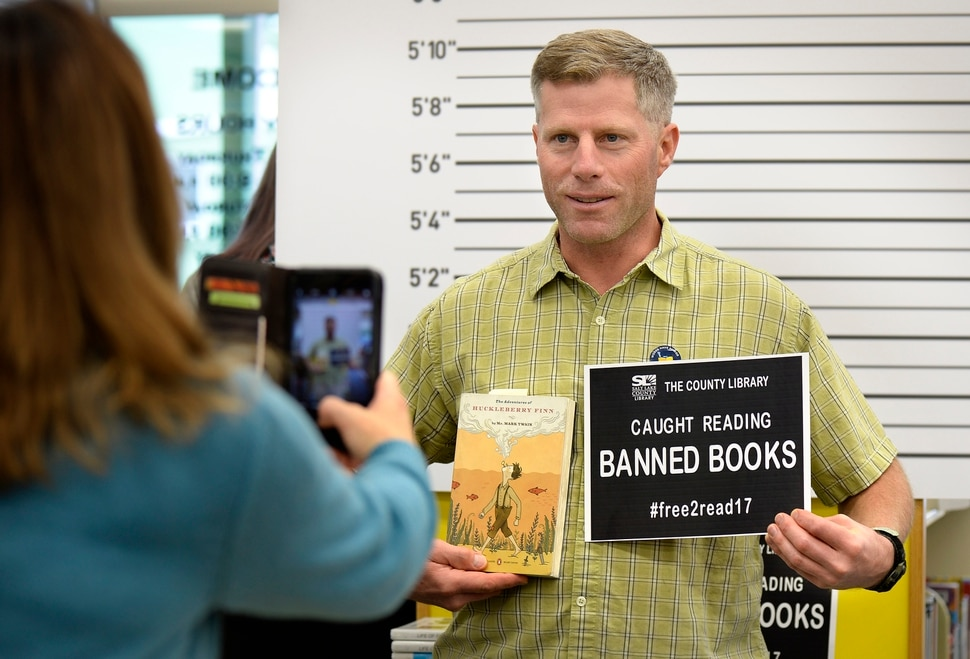 Simon & Schuster Celebrates Banned Books Week 2017